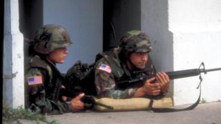Soldados estadounidenses en Panamá
