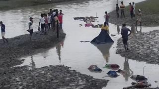 جثامين الروهينجا قرب النهر