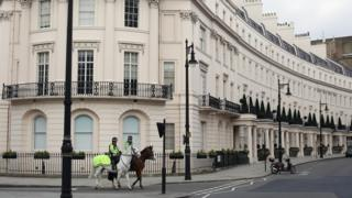 Элитная недвижимость в Лондоне - популярный объект для вложения капитала самого невероятного происхождения