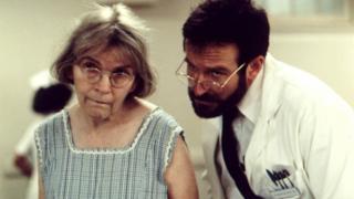Alice Drummond and Robin Williams