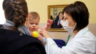 вакцинація, лікар, дитина