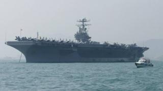 สหรัฐฯ ได้ส่งกองเรือบรรทุกเครื่องบินยูเอสเอสอับราฮัม ลินคอล์น (USS Abraham Lincol Carrier Strike Group) และกองกำลังทิ้งระเบิดไปยังศูนย์บัญชาการกลางสหรัฐฯ
