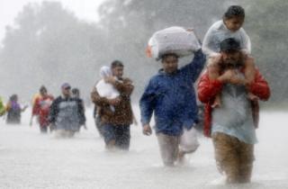 Unas 30.000 personas se han visto afectadas por la tormenta tropical Harvey.