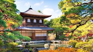 日本京都佛教禅宗银阁寺(图片来源:Sean Pavone/Alamy)
