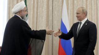 دیدار حسن روحانی رییس جمهور ایران با ولادیمیر پوتین رییس جمهور روسیه در حاشیه نشست شانگهای در قزاقستان