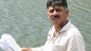 கர்நாடக அமைச்சர் சிவகுமார்