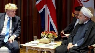 """نخست وزیر بریتانیا همتای ایرانیاش را به لندن دعوت کرد تا """"بیشتر بتوانند درباره برخی موضوعات"""" گقتوگو کنند."""