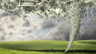 Ilustración de furacão de dólares em campo verde