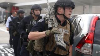 Полиция сообщает, что стрелявший задержан невредимым