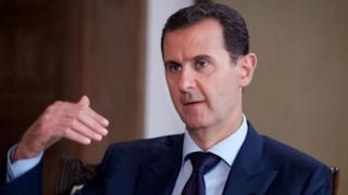 Shugaba Assad na amfani da wannan lokaci ya nuna musu cewa yana nan da karfinsa