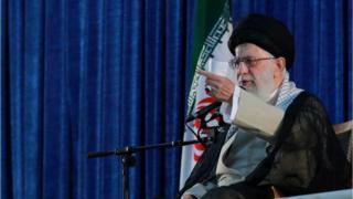 رهبر جمهوری اسلامی ایران در سخنرانی خود گفت ایران به نقطه بازدارندگی نظامی نزدیک شده است.