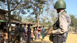ရခိုင်ပြည်မြောက်ပိုင်းမှာ လုံခြုံရေးစောင့်ကြပ်နေတဲ့ နယ်ခြားစောင့်တပ်ဖွဲ့ဝင် တစ်ဦး