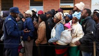 People queuing up early in the morning to cast their vote