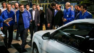 بازدید علی شمخانی دبیرشورای عالی امنیت ملی ایران از شرکت ایران خودرو