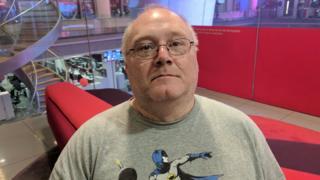 Wayne May (pseudónimo) durante una entrevista en las oficinas de la BBC en Londres.