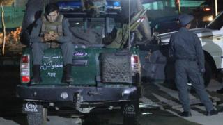 Saldırının ardından al-Zahra Camisi'ne polis ekipleri gönderildi