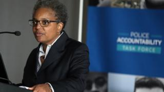 Task Force on Police Accountability Chair Lori Lightfoot speaks during news conference at Harold Washington Library Center in Chicago on Wednesday, April 13, 2016