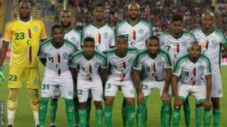 L'équipe des Comores (en photo) doit battre celle du Cameroun en mars pour jouer la CAN 2019.