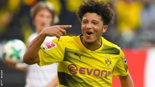 Kinda wa Borussia Dortmund na Uingereza Jadon Sancho