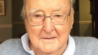 Yr Arglwydd Gwilym Prys Davies fu farw yn 93 oed
