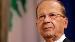 Le président du Liban, Michel Aoun, accuse Ryad de détenir le premier ministre Saad Hariri.