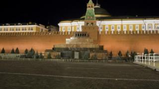 Красная площадь с мавзолеем Ленина