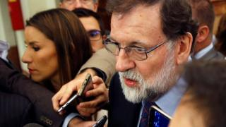 Spanish Prime Minister Mariano Rajoy speaks to journalists after Question Time at the Lower House in Madrid, Spain, 08 November 2017.