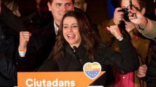 Arrimadas es la primera mujer que gana unas elecciones en Cataluña.