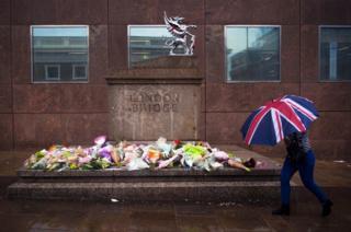Tributo a víctimas del ataque en London Bridge