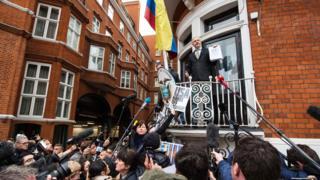 Julian Assange est réfugié à l'ambassade d'Equateur à Londres depuis juin.