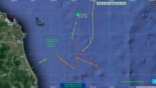Tàu cần cẩu LAN JING tiến sâu vào EEZ của Việt Nam trên Biển Đông hôm 4/9/2019
