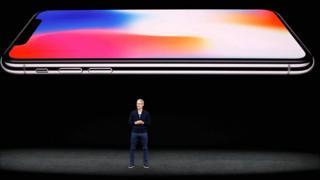 Tim Cock presenta el iPhone X