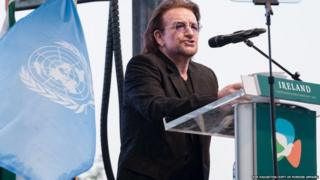 U2 singer Bono pays tribute to the UN