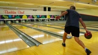 Man bowling in Ayr, Queensland