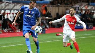 Mario Mandzukic de la Juventus contre Bernardo Silva de Monaco, le 3 mai dernier au stade Louis 2 en demi-finale aller de la ligue des champions