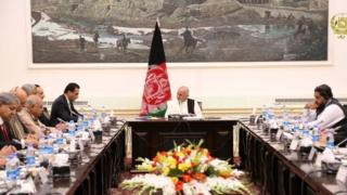 هیات پاکستانی در دیدار با همتایان افغان خود گفتند که در تاریخ پاکستان این اولین بار است که یک چنین هیات عالی رتبه پارلمان پاکستان به یک کشور دیگر سفر میکند
