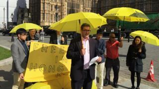 今年九月,罗杰斯出席伦敦港人举办的雨伞运动纪念