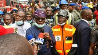 Babajide Sanwo-Olu sabẹwo si ọja Balogun to jona