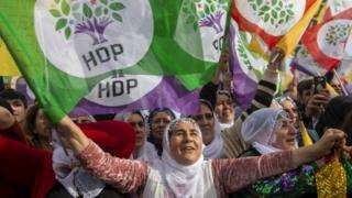 """HDP'nin İstanbul Bakırköy'de 3 Şubat'ta düzenlediği """"Emek, Barış, Özgürlük"""" mitinginden bir kare"""