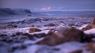 美國在格陵蘭島西部卡納克的基地,是設在地球最北地點的空軍基地。