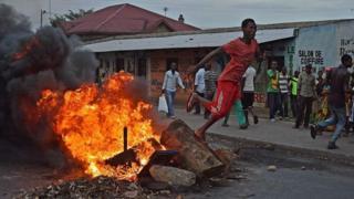 Mwendesha mashtaka wa ICC amesema kuwa atachunguza kile kilichotokea Burundi wakati wa maandamano dhidi ya rais Pierre Nkurunziza.