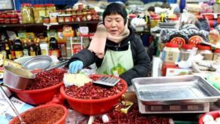 চীনে খুচরা বিক্রেতাদের উপর প্রভাব পড়ছে