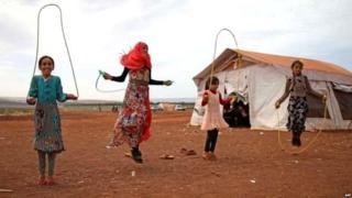 संयुक्त राष्ट्राच्या आकडेवारीनुसार, इडलिबमध्ये 10 लाख मुलं आहेत.