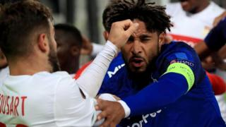 Everton-Lyon maçındaki kavga