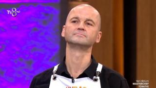 Murat Özdemir, TV8 televizyonunda yayımlanan MasterChef programına yarışmacı olarak katılmıştı