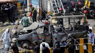 يُعتقد أن الهجوم كان يستهدف الشرطة