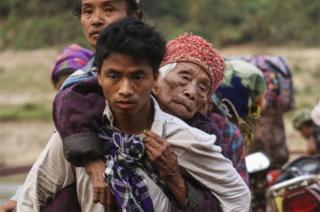 Ugu yaraan 10,000 oo qof oo ah qowmiyadda Kachin ayaa la rumaysan yahay inay sanadkan ka qaxeen guryahoodii