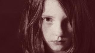За последние пять лет рижская полития стала порлучать в 12 раз больше обращений о насилии над детьми