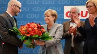 Однопартійці вітають Ангелу Меркель