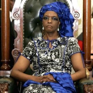 Grace Mugabe est visée par une plainte pour agression et soupçonnée d'avoir frappé une jeune femme dans un hôtel de Johannesburg